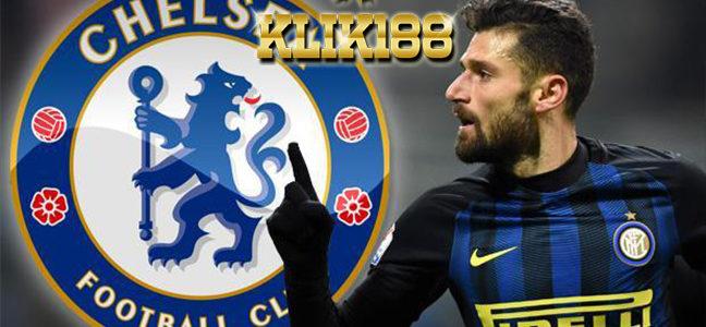 Conte Desak Pihak Klub Segera Tuntaskan Transfer Candreva