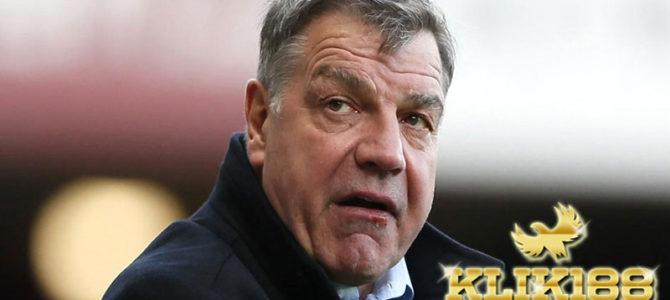 Big Sam Ogah Kembali Menukangi Crystal Palace